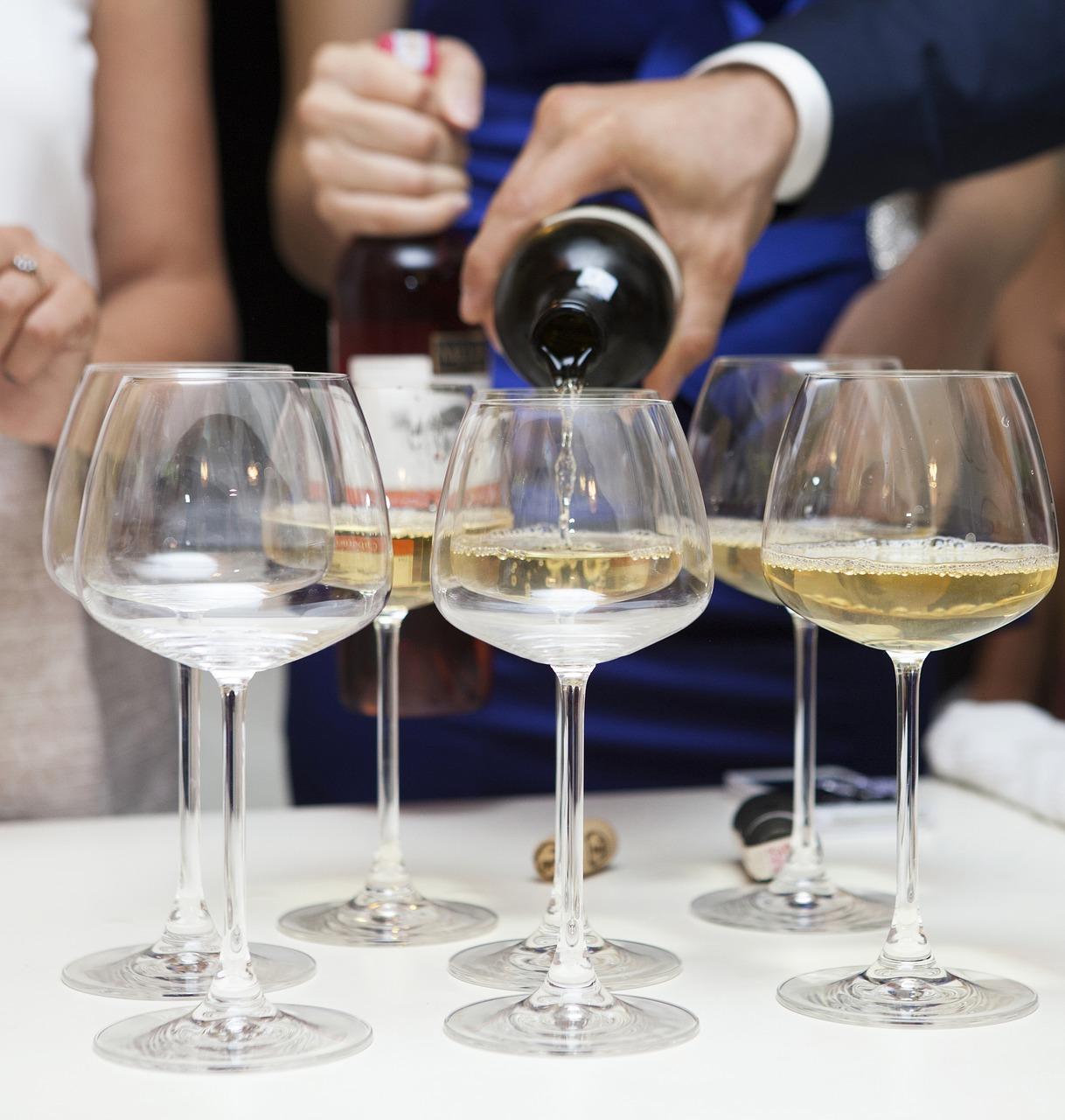Für die Weihnachtsfete darf Wein nicht fehlen