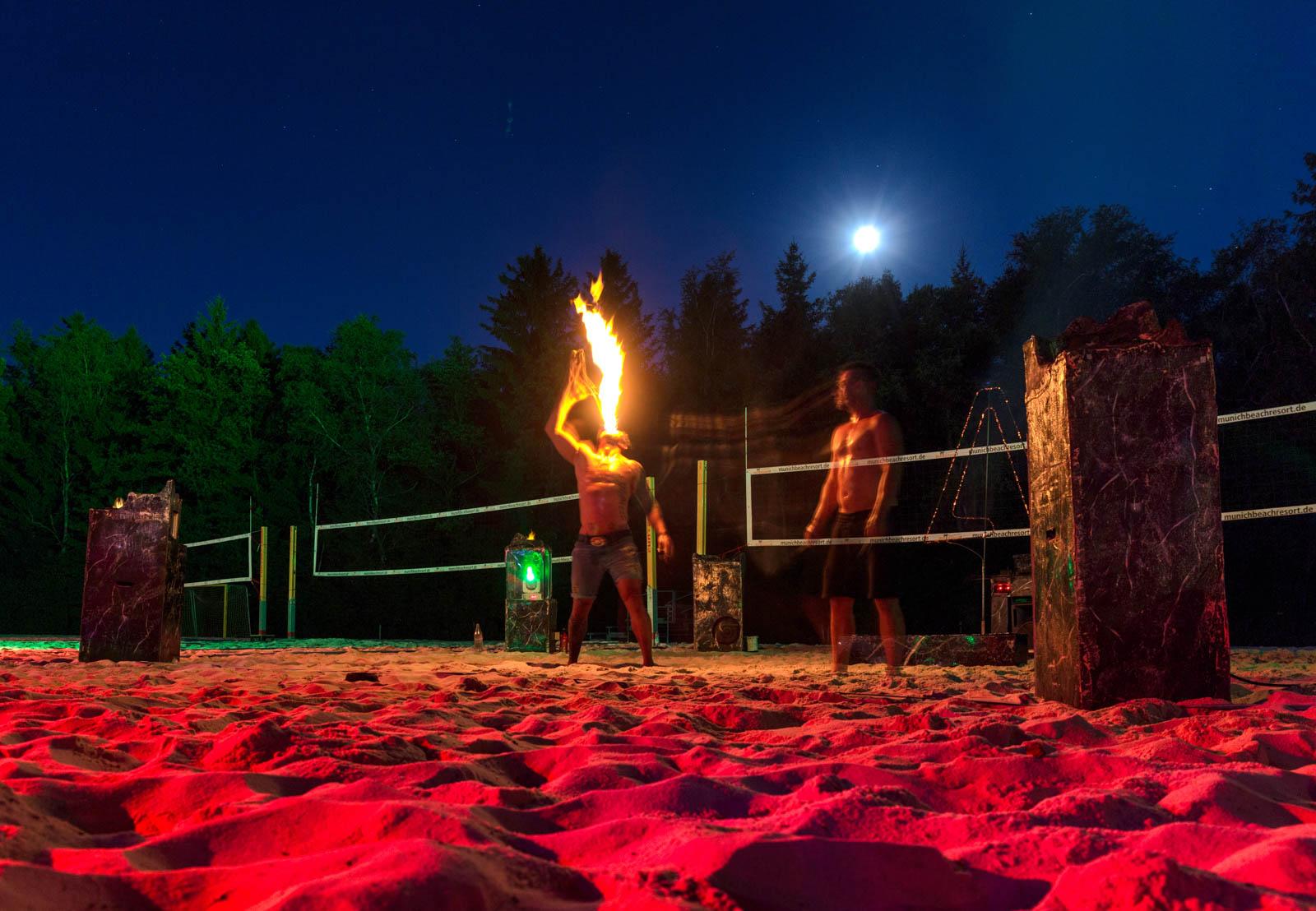 ein gigantisches Programm sorgt für eine tolle Stimmung auf der Strandparty