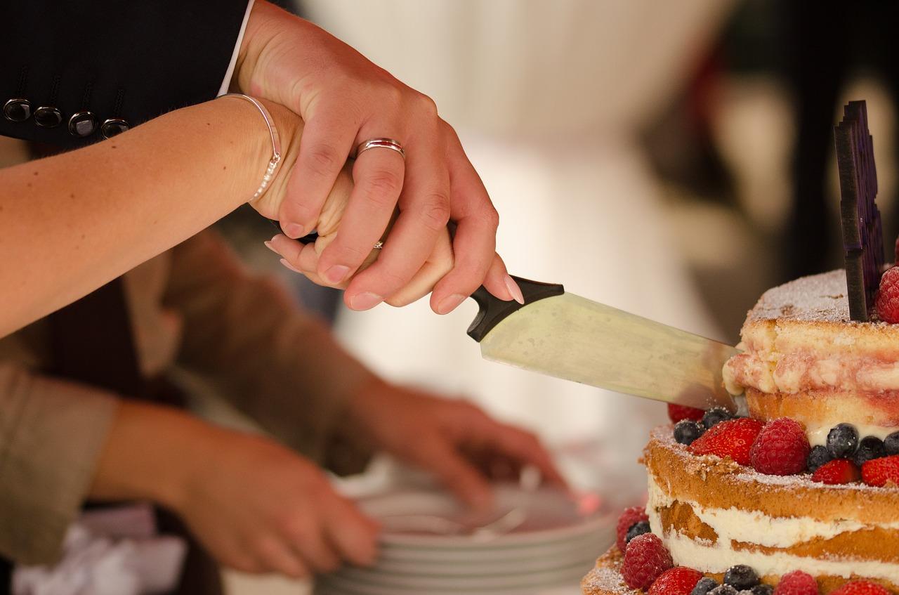 Den Kuchen auf den Gutshof genießen